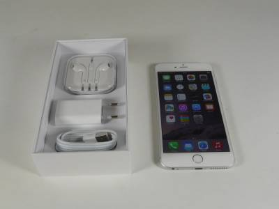 Brand New Apple iPhone Six and Six Plus Factory Unlocked