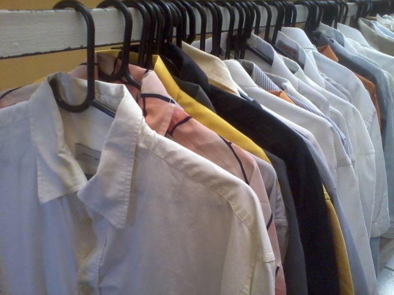 f85cfc26043 Mega Bazar - Roupas Usadas - - Guis - Anúncio de Empresas e Serviços ...