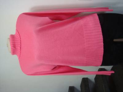 e13df519ff0 Estamos em promoção de roupas usadas para brechós no atacado mafat modas em  Brasil ...